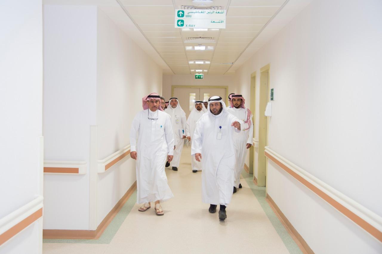 مدير جامعة الملك سعود يدشن توسعة قسم الأشعة والتصوير الطبي بالمدينة الطبية