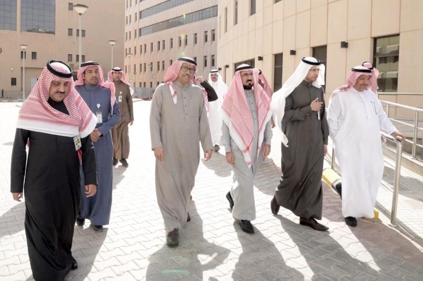 KSU Rector Reviews the Progress of KAUH Expansion Project