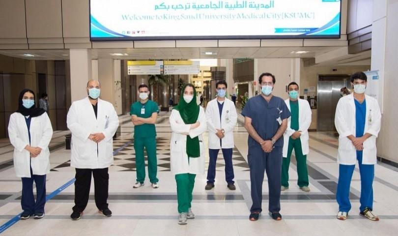 فريق جراحي بالمدينة الطبية بجامعة الملك سعود ينجح في الحفاظ على قدم مريضة من البتر