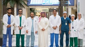 طبية جامعة الملك سعود تنجح في إجراء عملية متقدمة لإزالة الأورام المنتشرة على الغشاء البريتوني بالكيم