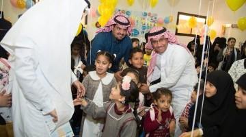 معالي مديرجامعة الملك سعود يفتتح الملتقى السادس عشر لزارعي القوقعة و عائلاتهم
