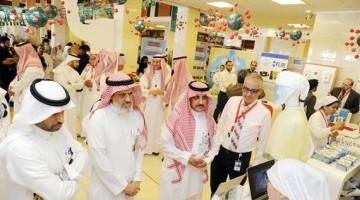 """المدينة الطبية بجامعة الملك سعود تقيم فعاليات الحملة التثقيفية الصحية حول """"كورونا"""""""