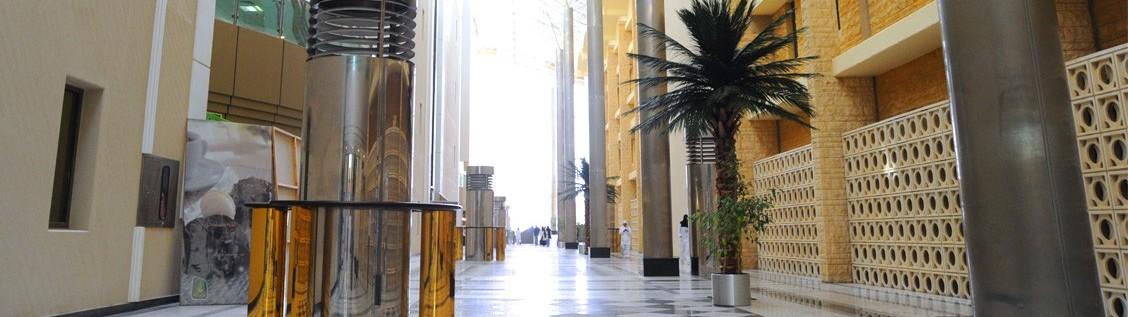 المساحة الكلية للمشروع 80.000م2 يتكون مشروع التوسعة من 8 طوابق.. طابقان قبو وطابق أرضي وخمس طوابق علوية.